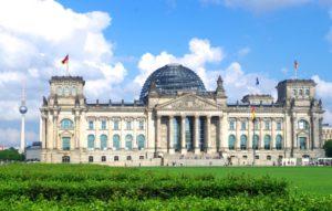 ドイツのベルリンにある国会議事堂